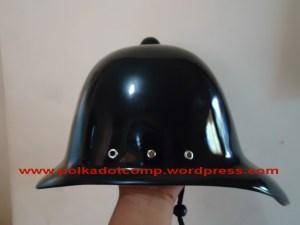 Topi Onthel Model Serdadu Inggris Warna HItam Glossy/ Mengkilat